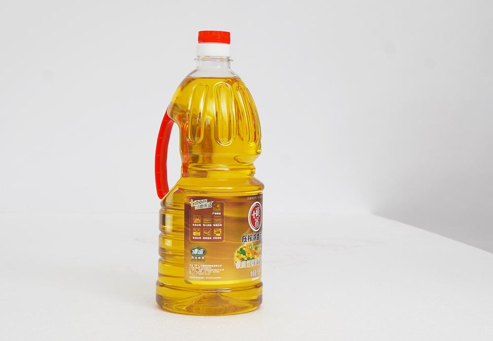 七道香压榨浓香花生油 1.8L
